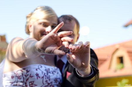 svatební prsteny | restaurace Studenec, Rožmberk nad Vltavou