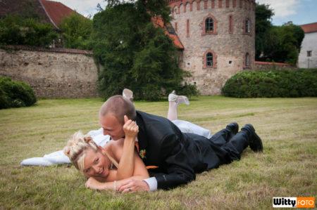 novomanželé zápasí | Třeboň