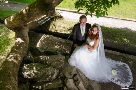 novomanželé v parku | Frymburk