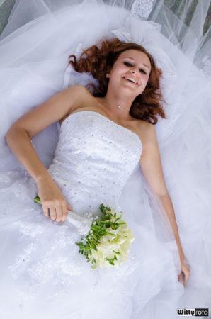 šaty nevěsty | Frymburk