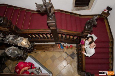 zdobené dřevěné schodiště | Rožmberk nad Vltavou