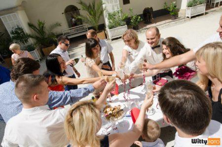 občerstvení na nádvoří hradu | Rožmberk nad Vltavou