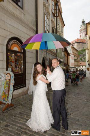 pod deštníkem v ul. Radniční | Český Krumlov