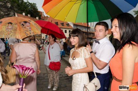 pod deštníky na Lazebnickém mostě | Český Krumlov