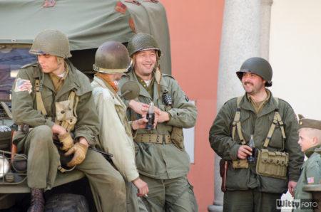 US vojáci, na náměstí Svornosti | Český Krumlov