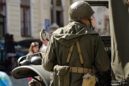 US vojáci na náměstí Svornosti | Český Krumlov