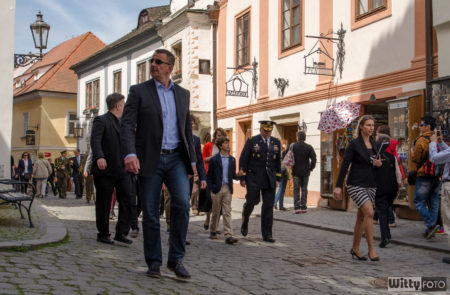 přemístění ulicí Horní z Náměstí Svornosti k Jezuitské zahradě | Český Krumlov