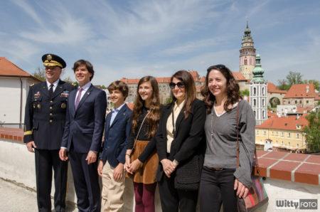 Schapiro s rodinou a Hodgesem | Český Krumlov