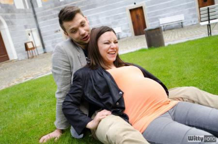 Jiří a těhotná Lenka očekávají Michaela | klášter Zlatá Koruna
