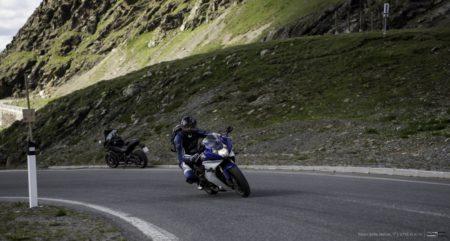 průjezd zatáčkou | Stelvio Pass 2758 m