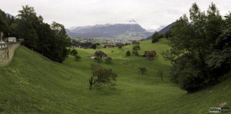 dešti jsme ujeli, zastávka na převlečení s takovouto nádherou na pozadí | Hirschen Schwyz