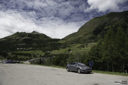 zastávka po průjezdu třetím nejdelším silničním tunelem na světě v Airolo | Gotthardský tunel, 16.4km