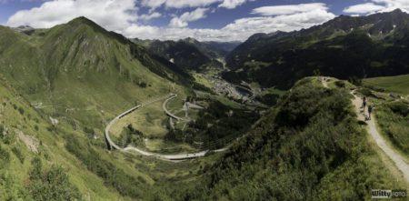 Tady byly nejhezčí výhledy a cesty vůbec. Airolo. | Passo del San Gottardo