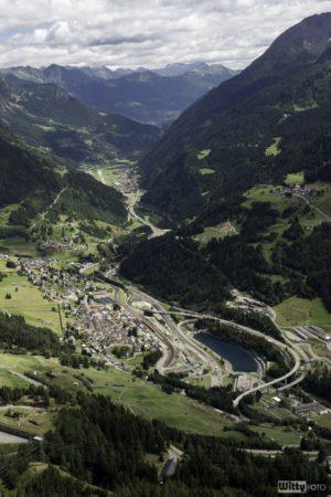 pohled na Airolo z vyhlídky | Passo del San Gottardo