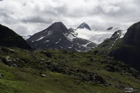 záhada ledového průvanu odhalena, zapomněli vypnout větrák :) | Nufenenpass 2478 m