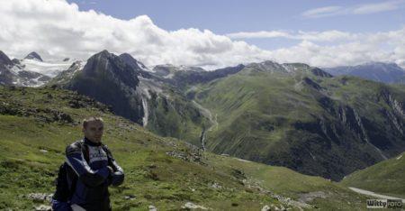 pozér před ledovcem | Nufenenpass 2478 m