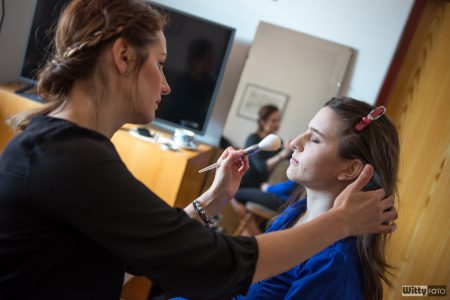 svatební přípravy nevěsty, make-up