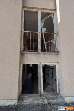 vymlácená okna, hotel Vyšehrad | Český Krumlov