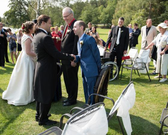 svědek donesl chomout pro ženicha | Štilec