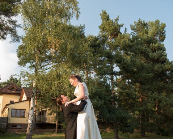 zvedání nevěsty do výšky | Štilec