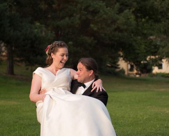 nevěsta na kolenech ženicha | Štilec