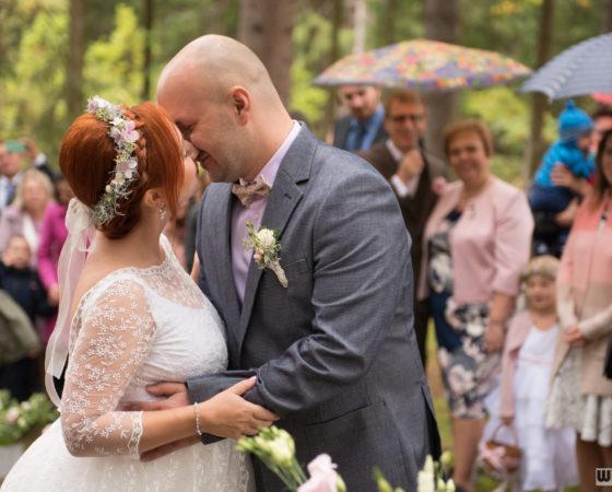 první manželský polibek | Horní Planá