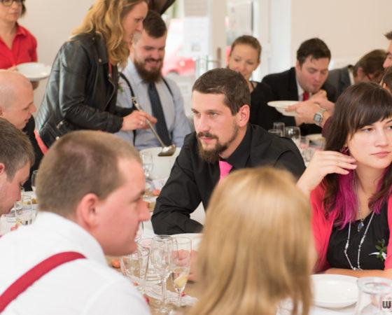 hosté na svatební hostině | Horní Planá